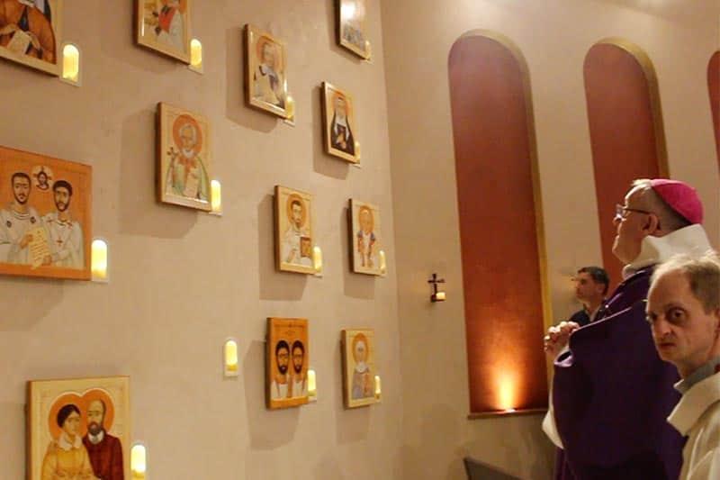 Bénédictions des icônes par Mgr Le Saux