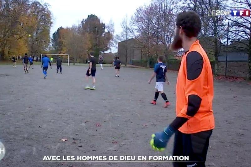 48h avec des séminaristes de Nantes – Le journal du weekend / TF1