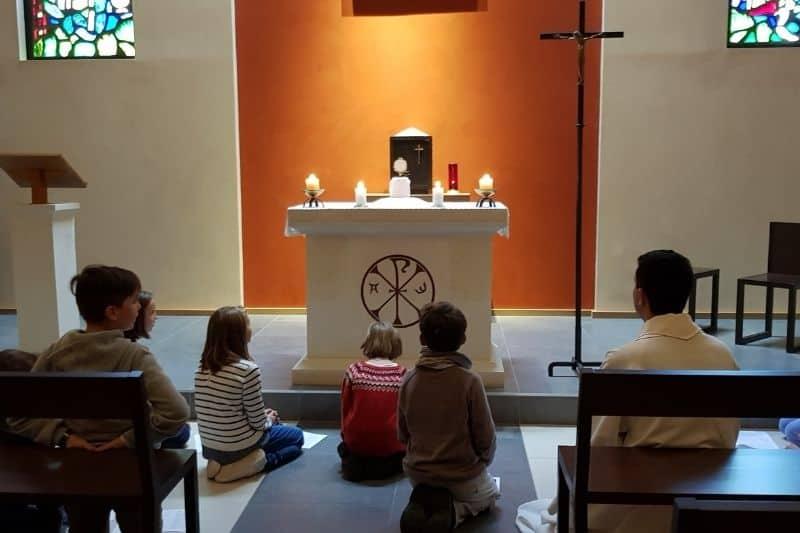 Enfants adorateurs de la Sarthe