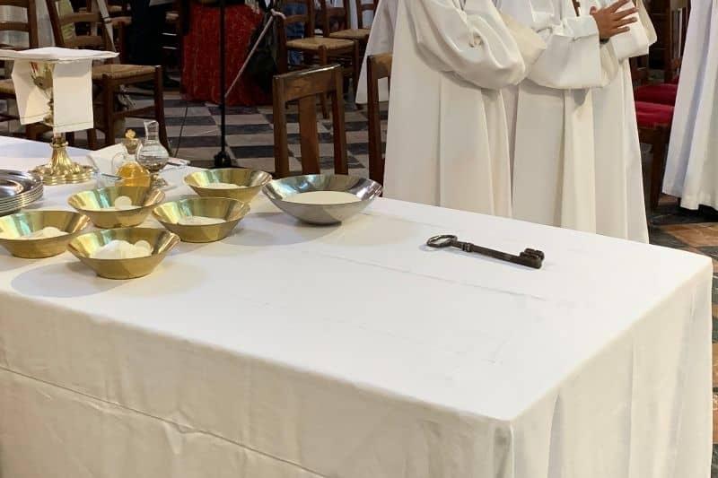 Images représentants les étapes de la vie chrétienne