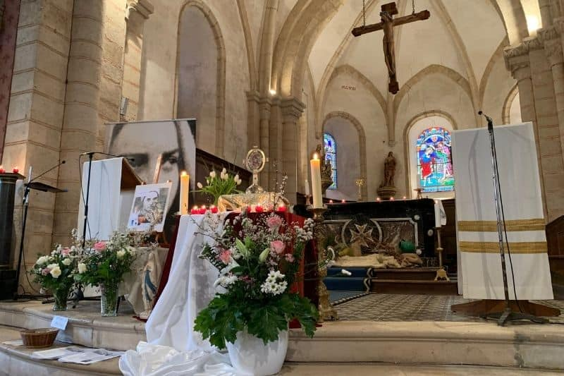 Accueil des reliques de sainte Bernadette